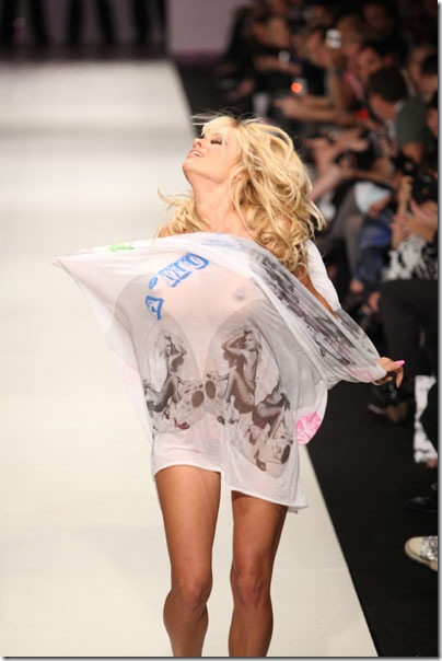 Pamela Anderson flashes at recent fashion show